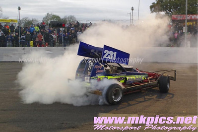 BriSCA  F1 Shoot Out Rnd 9